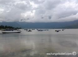 vietnam_fisherman_lake