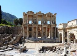 Ephesus_library of Celsus