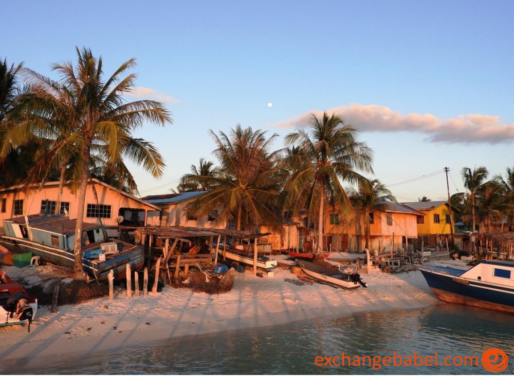 mantanani_blue_life_ocean_village_malaysia
