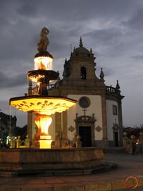 barcelos by night
