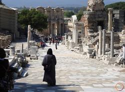 Ephesus_walking about