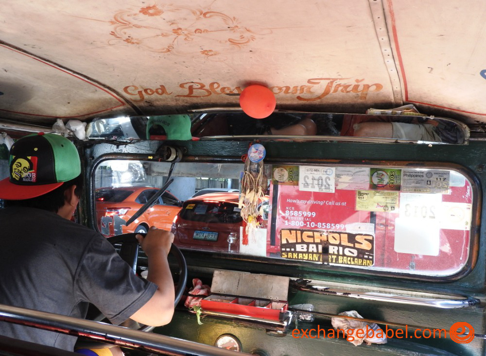 Philippines_manila_taxi_inside