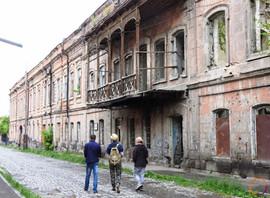 Gyumri - stroll in the old town.jpg