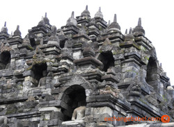 statue_Borobudur_java_indonesia