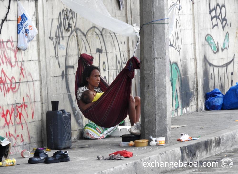 Philippines_manila_poor_poverty_street