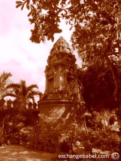 temple_sepia_phnompenh_cambodia