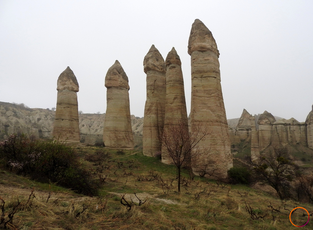 Cappadocia_love valley few