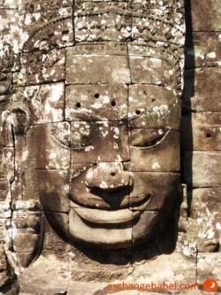 siemreap_angkorwat_bayon_face_detail_cambodia