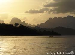 Ratchaprapa_Dam_Thailand_sunset