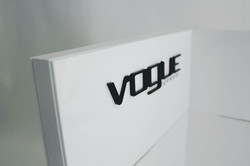 Expositor Vogue