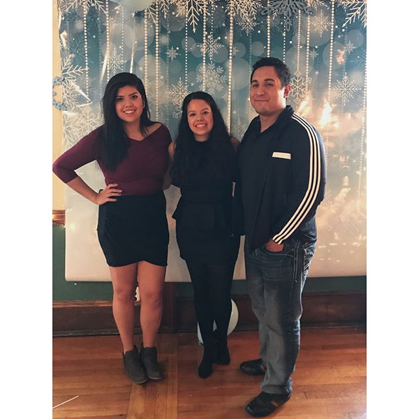 Happy holidays from the OG Samayoa cousins minus Geo plus his precious stand in. 💕.jpg