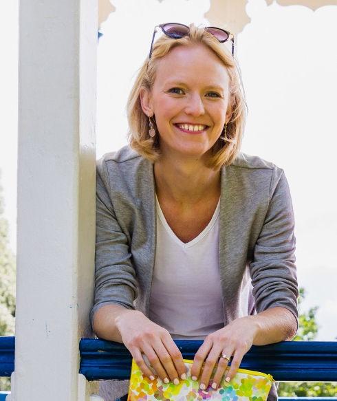 Sarah Dunbar Portrait_edited.jpg