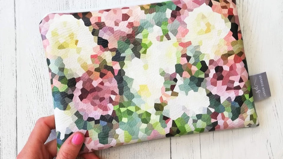 COUNTRY ROSE | Faux Leather Pouch