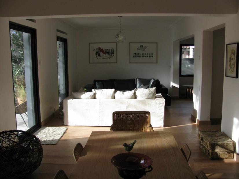 Interior views (4)
