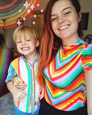 Rainbow family! 🌈 We love rainbows in t