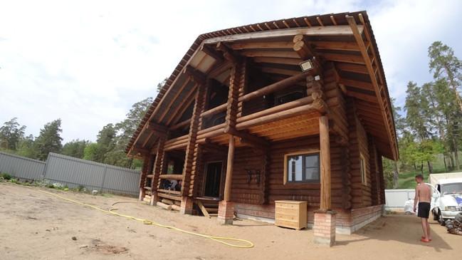 Рубленный дом с видом на Жигулёвские горы