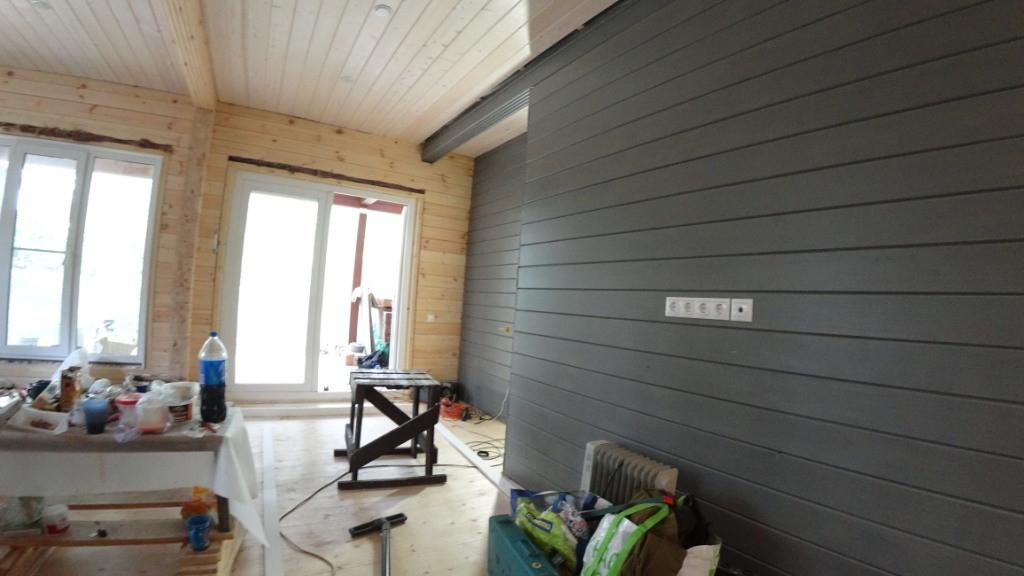 Окраска интерьерных стен в доме