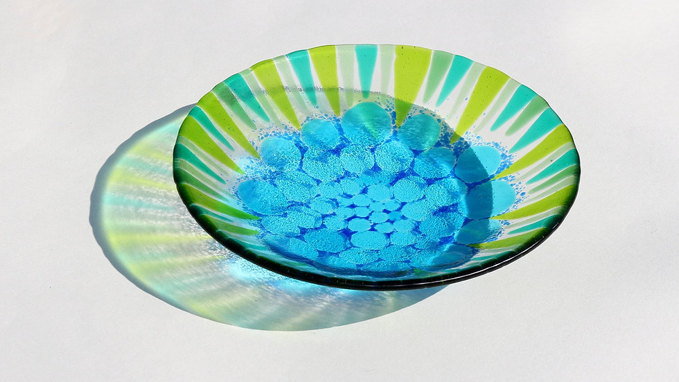 Bowl: circles and shards