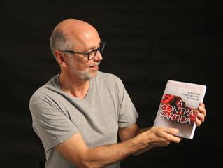 Entrevista com o escritor Uranio Bonoldi