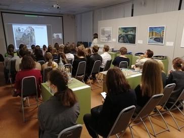 Лекция в культурно-выставочном центре Русского музея в Мурманске
