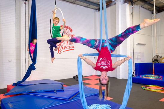 Round about circus Event Photographer Central Coast NSW