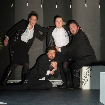 TRUST Freies theater 8.1.19-33.jpg