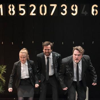 TRUST Freies theater 8.1.19-8.jpg