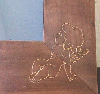 Ange gravé et doré décoration cadre bois