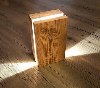 Lampe vieux bois jeux de lumière