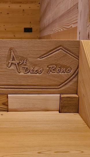 logo professionnel sculpté bois