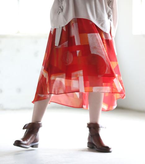 赤スカート.jpg