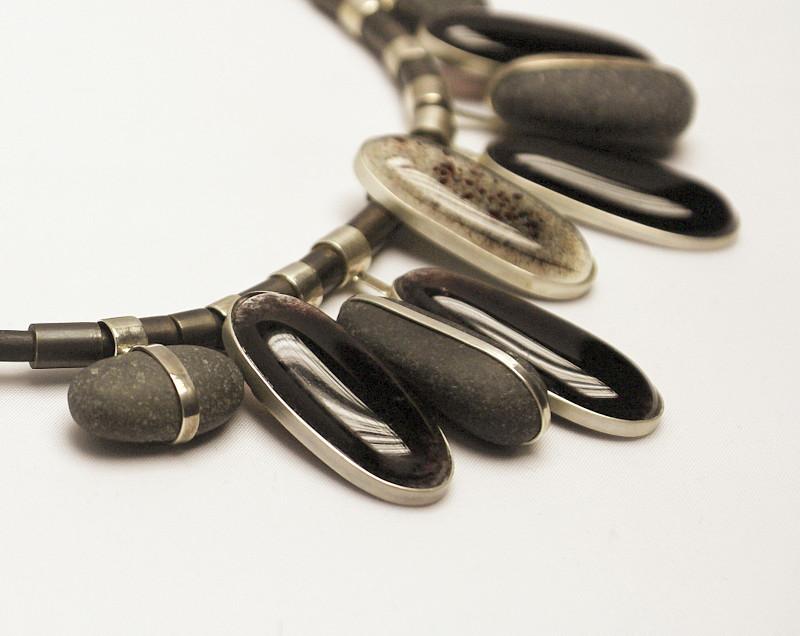 naszyjnik - oczka szklane fusing