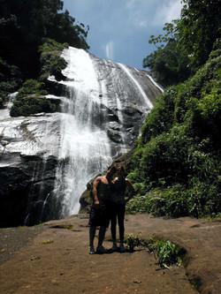 turismo em ilhabela pedra cachoeira.jpg