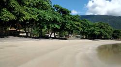 Passeios em Ilhabela casas comunidade.jpg