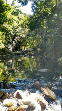 Passeio em Ilhabela rio.jpg