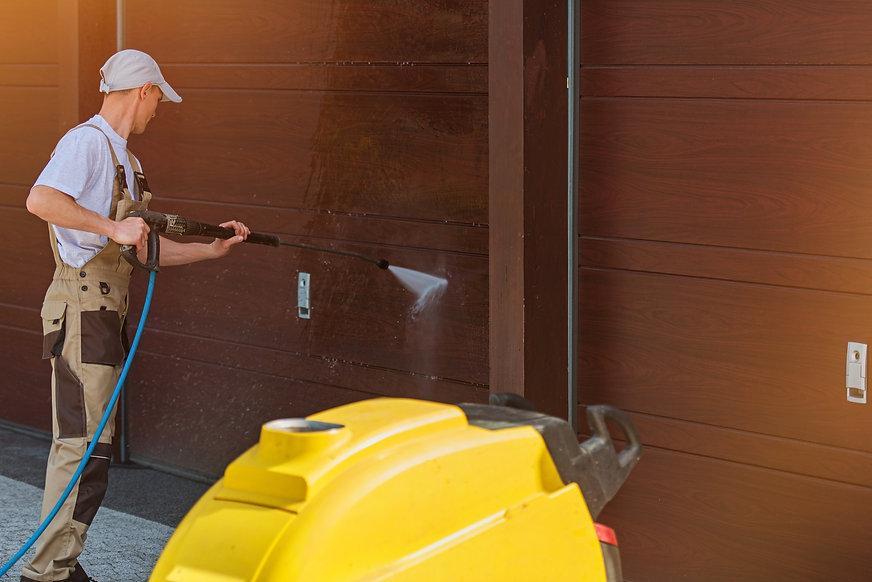 power pressure washing residential garage deck patio walkways cleaning estimate