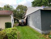 equipter between houses