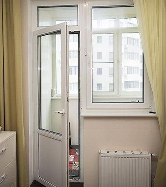 """Балконные распашные двери (Производитель """"Фаворит"""")"""