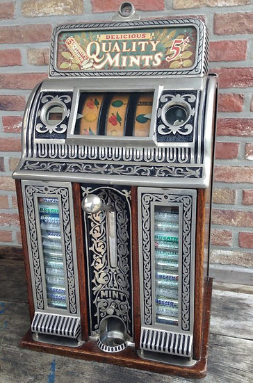 Caille Victory Bell Center Pull 1920 slot machine