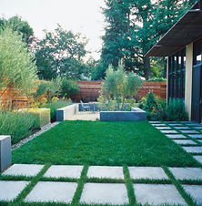 minimalist-garden-small-lawn-ground-stud