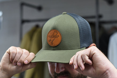 FLEXFIT DB Dark Leather Circular Logo Hat, Moss / Graphite