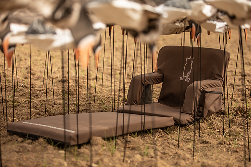 Kickback™ Layout Field Chair *Pre-sell to ship October 8th