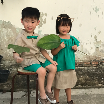 Kids wearing Chateau de Sable outfit