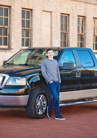Moore Senior Portraits Fort Worth 2020-19.jpg