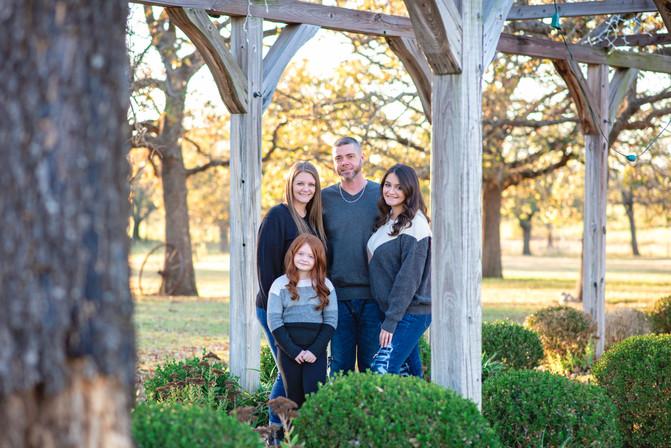 Liburdi Family Portraits Burleson 2020-1.jpg