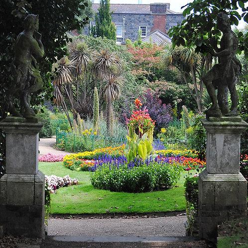 Guernsey People & their Gardens