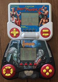 TIGER LCD Castlevania Symphony of the night KONAMI & Street Fighter II CAPCOM