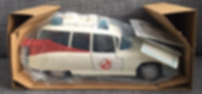 Real Ghostbusters ECTO-1 FR