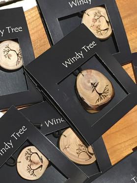 Windy Tree Artisan: Ro Walton