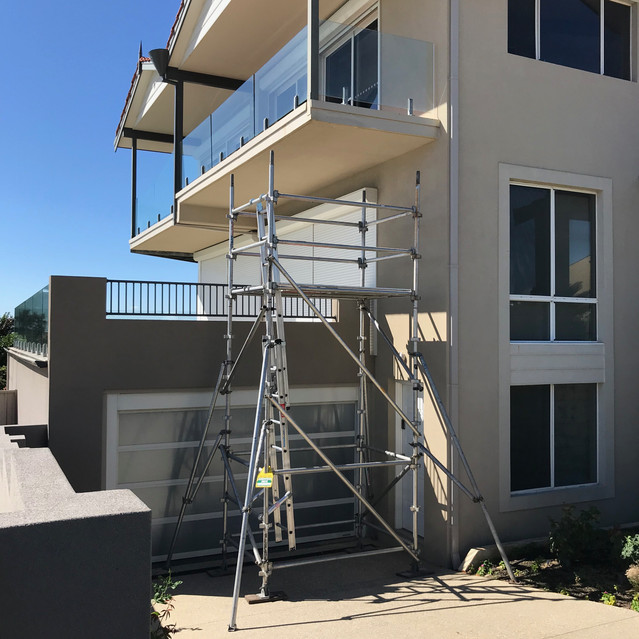 Conspar begins a restoration project in Scarborough where concrete cancer has been found at the property's balcony area.